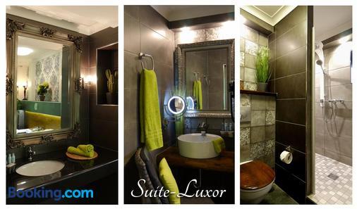 Hotel Querfurter Hof - Querfurt - Bathroom