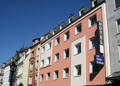 Hotel Am Kieler Schloss Kiel By Première Classe - Kiel - Gebäude