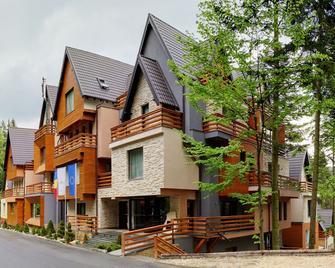 Ioana Hotels - Sinaia - Building