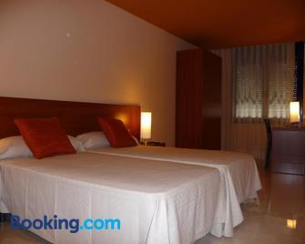 Hotel Verti - Granollers - Schlafzimmer