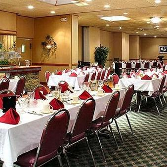 Chestnut Tree Inn Cherokee - Cherokee - Banquet hall