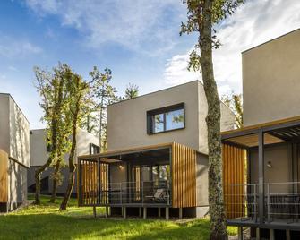 Aminess Gaia Green Villas (Ex. Marbera Flora Green Villas) - Njivice - Gebäude