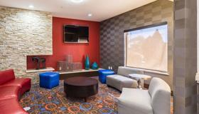 東部套房經濟旅館 - 休士頓 - 休閒室