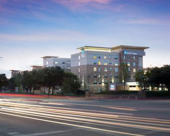 Hyatt House Dallas/Frisco - Frisco - Bina
