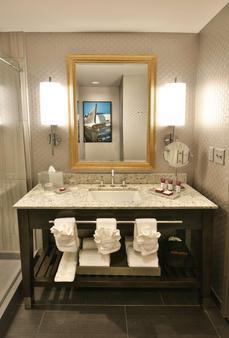 The Guest House At Graceland - Memphis - Bathroom