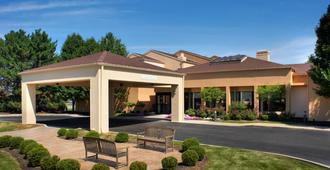 Courtyard by Marriott Toledo Airport/Holland - Holland