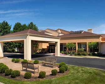 Courtyard by Marriott Toledo Airport/Holland - Holland - Building