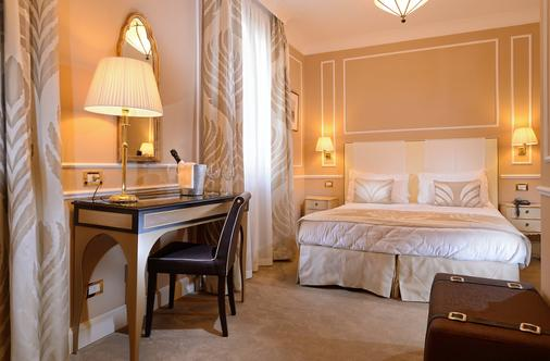 Hotel Nuovo Teson - Venice - Phòng ngủ