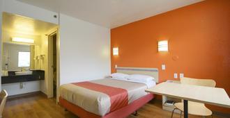 Motel 6 Lantana. Fl - Lantana - Bedroom