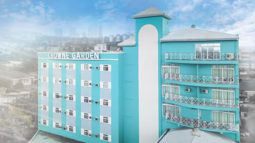 Crowne Garden Hotel - Cebu City - Building