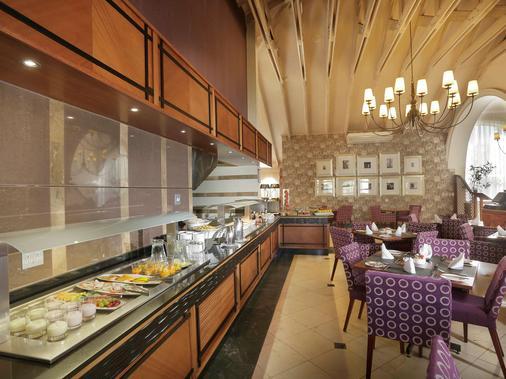 約翰尼斯堡蘭德堡美居酒店 - 約翰尼斯堡 (及附近地區) - 約翰內斯堡 - 自助餐