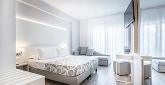Hotel Bologna - Lignano - Schlafzimmer