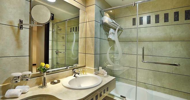 City Seasons Hotel Muscat - Muscat - Bathroom