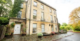OYO Bailbrook Lodge - Bath - Rakennus