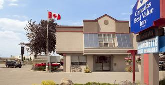 Canadas Best Value Inn Toronto - Toronto - Byggnad