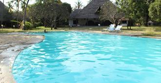 Travellers Paradise Diani - Mombasa - Pool