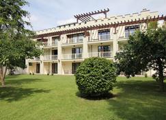 Landhaus & Burg Hotel Romantik - Gotha - Bâtiment