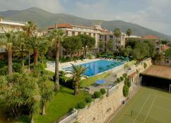 Residence Oliveto - Ceriale - Pool