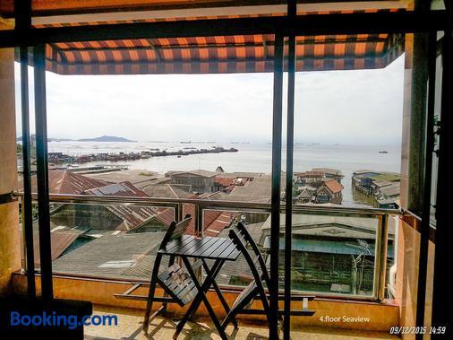Seaview Hotel Sriracha - Chonburi - Balcony