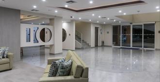 卡波聖盧卡斯智選假日酒店 - 聖盧卡斯角 - 卡波聖盧卡 - 大廳