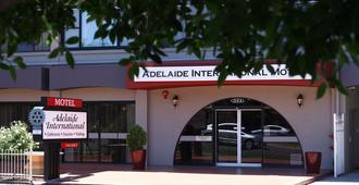 Adelaide International Motel - Glenelg - Building