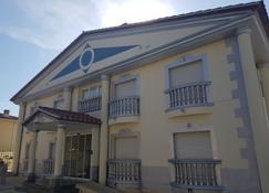 Hotel Portofino - Empuriabrava - Building