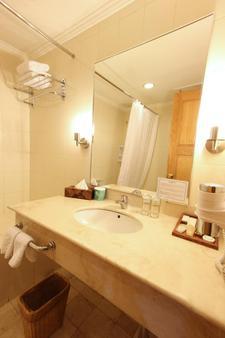 和諧套房酒店 - 巴淡 - 納柯亞 - 浴室