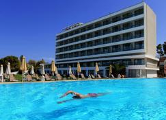 Airotel Achaia Beach - Kastellokampos - Πισίνα