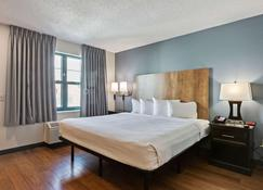 Extended Stay America Suites - San Francisco - San Mateo - Sfo - San Mateo - Bedroom