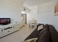 Family Vacation by Kinneret All Comforts - Tiberias - Slaapkamer