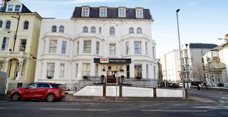 OYO The Palm Court Hotel - Eastbourne - Bygning