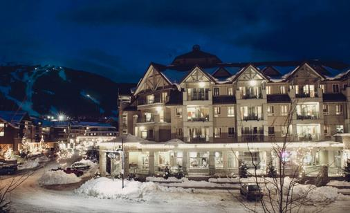 Summit Lodge Boutique Hotel - Whistler - Building