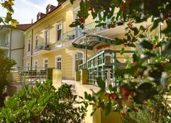 Hotel Spa Hévíz - Heviz - Edifício