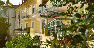 Hotel Spa Hévíz - Hévíz - Building