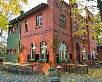 Landhaus Dessau - Dessau - Edificio