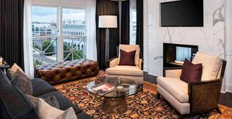 Phoenix Park Hotel - Washington - Living room