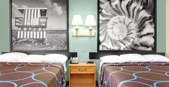 Super 8 by Wyndham St. Augustine - סנט אוגוסטין - חדר שינה