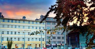 Hotel Merkur - Prague - Building
