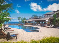 Sunset Reef Resort & Spa - Pointe aux Piments - Havuz