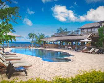 Sunset Reef Resort & Spa - Pointe aux Piments - Pool
