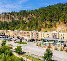 DoubleTree by Hilton Deadwood at Cadillac Jack's