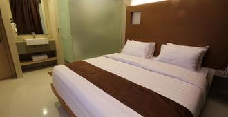 Os Hotel Airport Batam - Batam