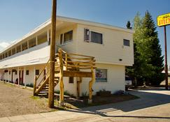 Holiday Motel - West Yellowstone - Κτίριο