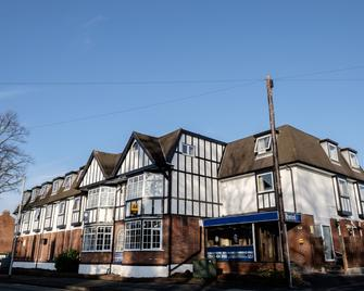 The Cathedral Hotel - Lichfield - Building