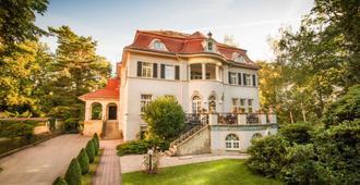 Aparthotel Villa Freisleben - דרזדן - בניין