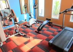 Karnmanee Palace Hotel - Bangkok - Gym