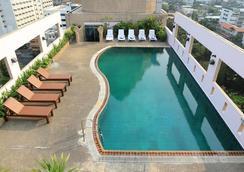 Karnmanee Palace Hotel - Bangkok - Pool