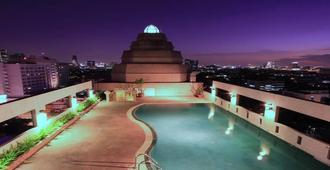 Karnmanee Palace Hotel - בנגקוק - בריכה