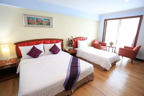 Karnmanee Palace Hotel - Bangkok - Bedroom