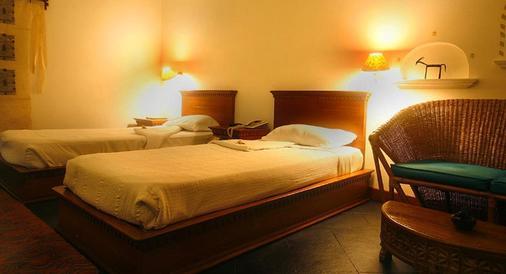 Shangri-La Village Resort - Pokhara - Camera da letto